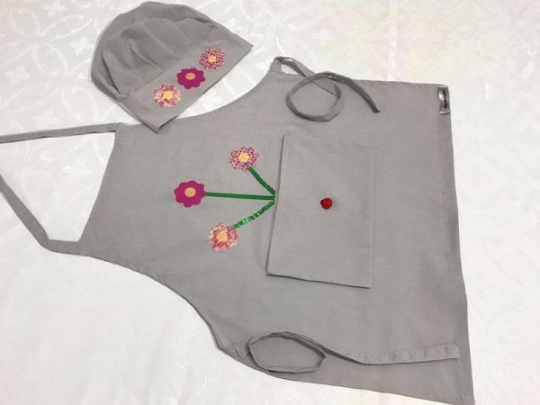 16. Avental Infantil cinza